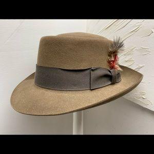 Biltmore Porkpie Mid-Century hat.